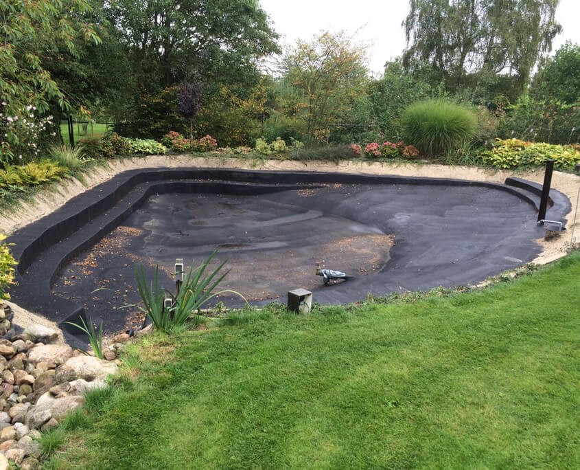 Fish Pond Waterproofing : Fish pond liquid rubber europe