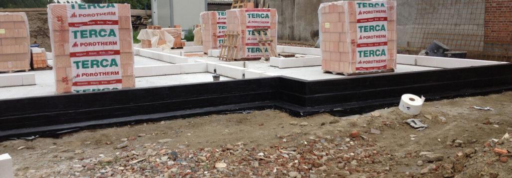 Solving leakage foundation